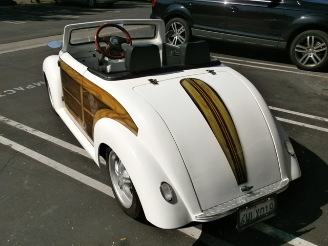 The California Roadster Woody : Electric Golf Cart | LSV Carts ... on 2002 chrysler gem cart, car cart, box cart,